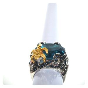 Silver ocean ring